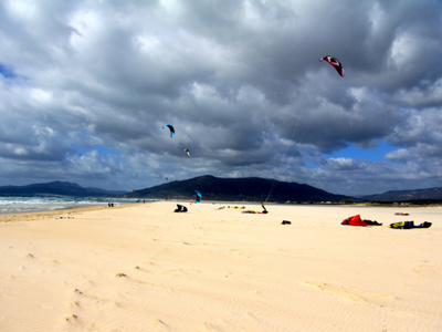 5 days kitesurfing lessons and 5 nights accommodation in Tarifa
