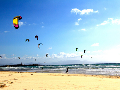 3 days kitesurfing lessons and 3 nights accommodation in Tarifa