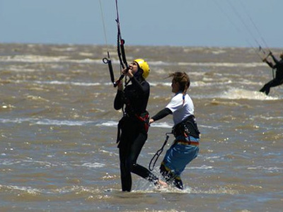 Kitesurfing lessons beginner in Tarifa - 3 or 4 hours